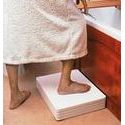 Adjustable bath step