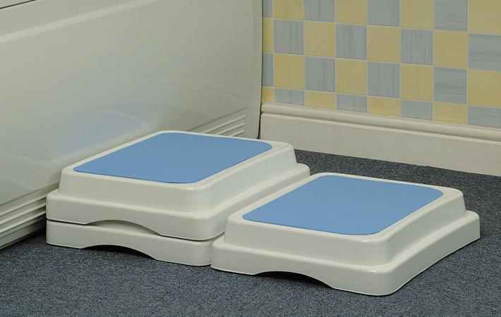 Savanah modular bath step - Bath Steps - Bathing Aids - OTS Ltd